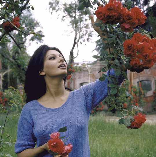 Dream Date: Sophia Loren in Her Garden.