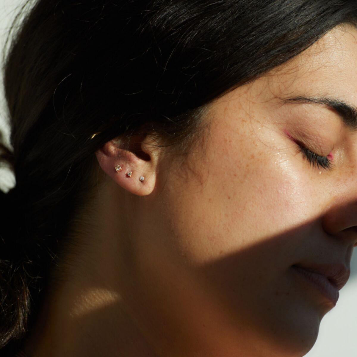 Angel Hair Diamond Stud, Sparkler, Yellow Gold (single) image