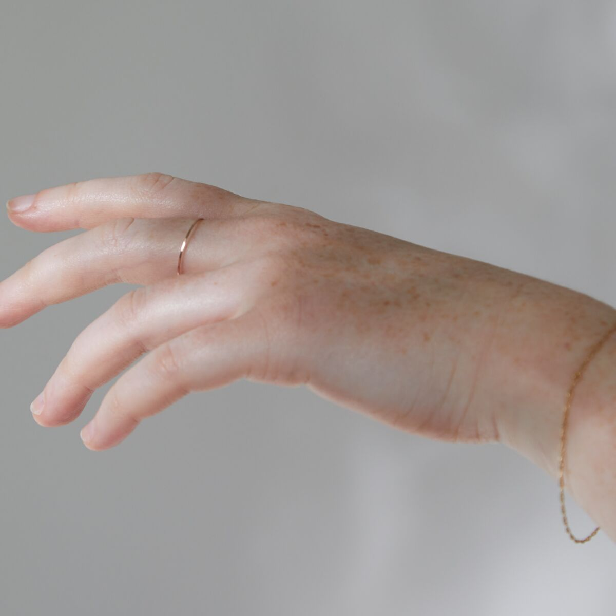Threadbare Ring, Rose Gold image