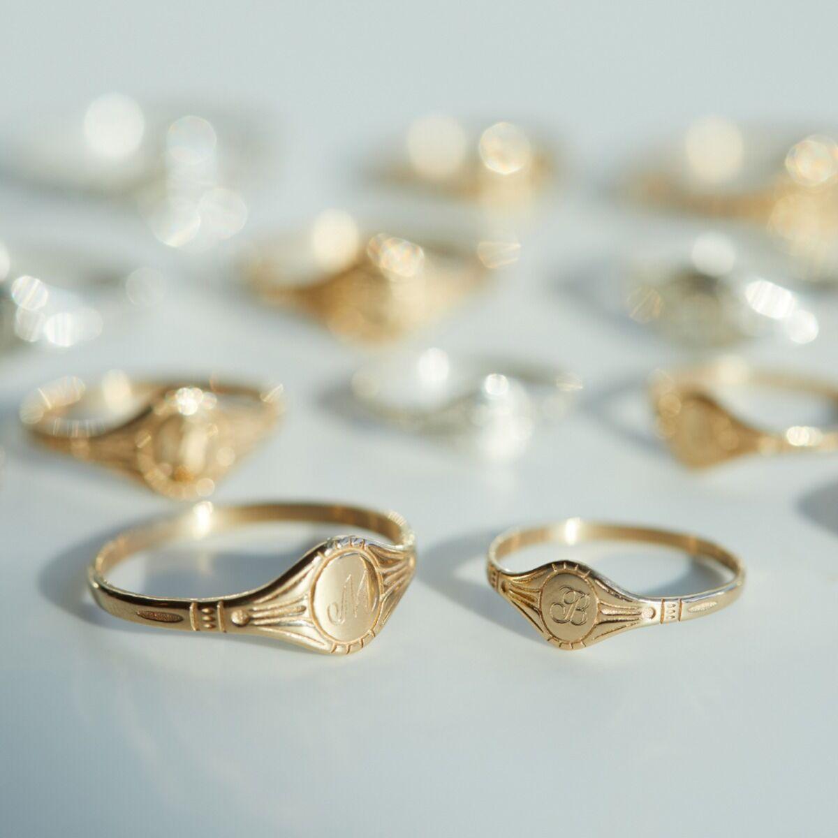 Baby Cygnet Ring, Yellow Gold image