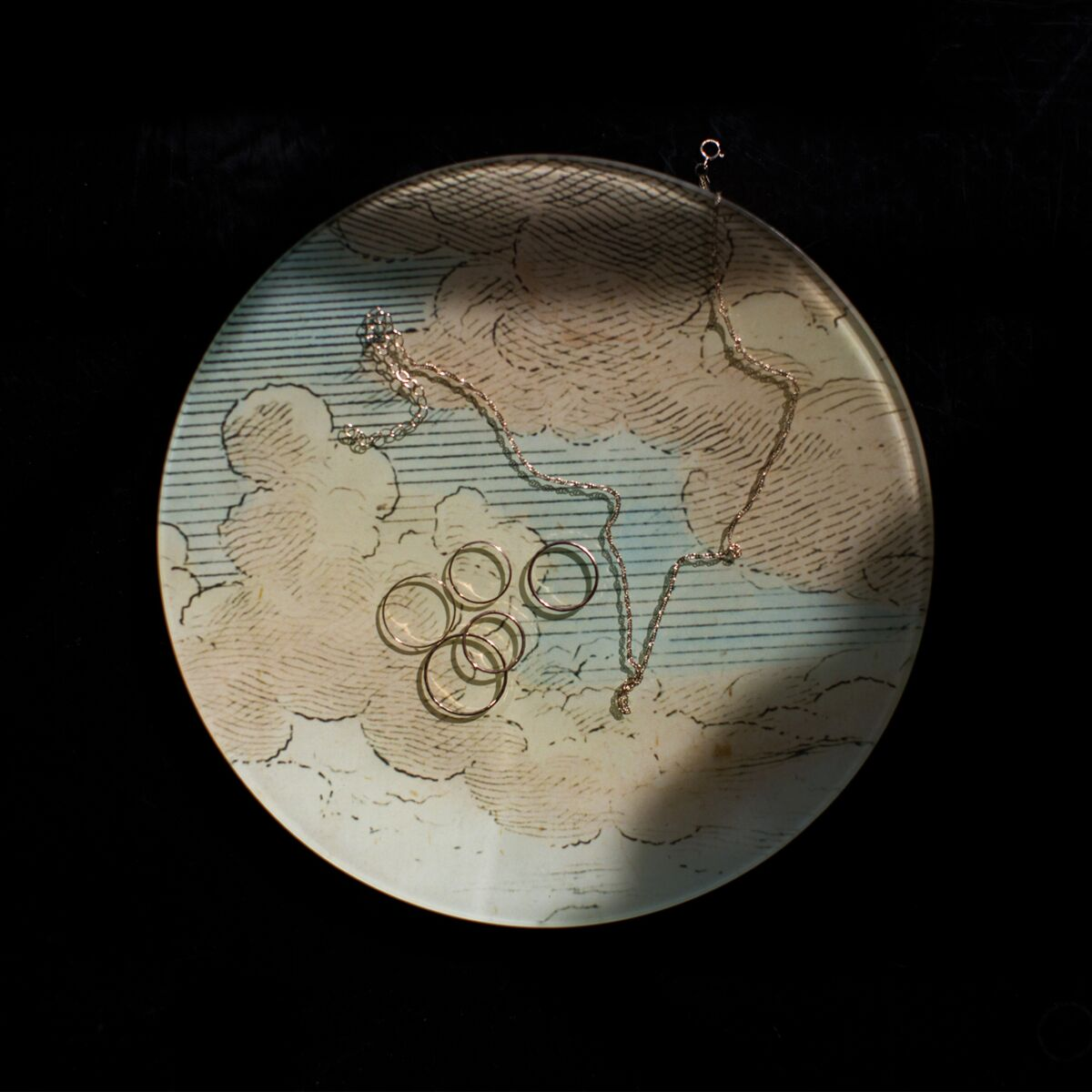 Clouds Round Plate image