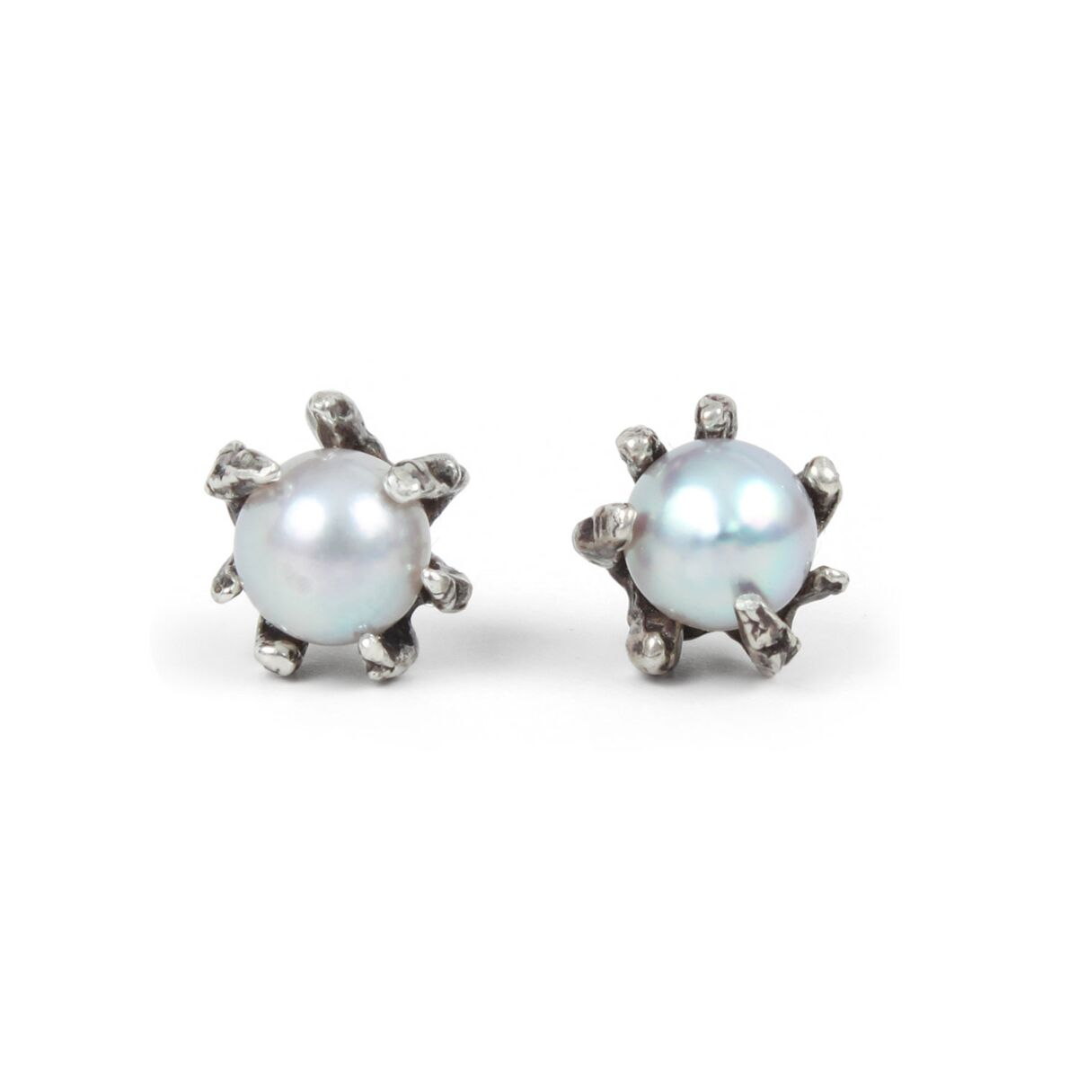 Grey Pearl Claw Earrings image
