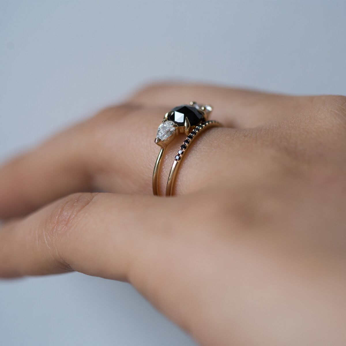 Fairy Light, demi-pavé, black diamond image