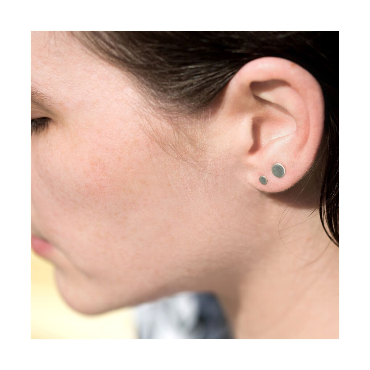 Dot Stud Earring, silver (single) image