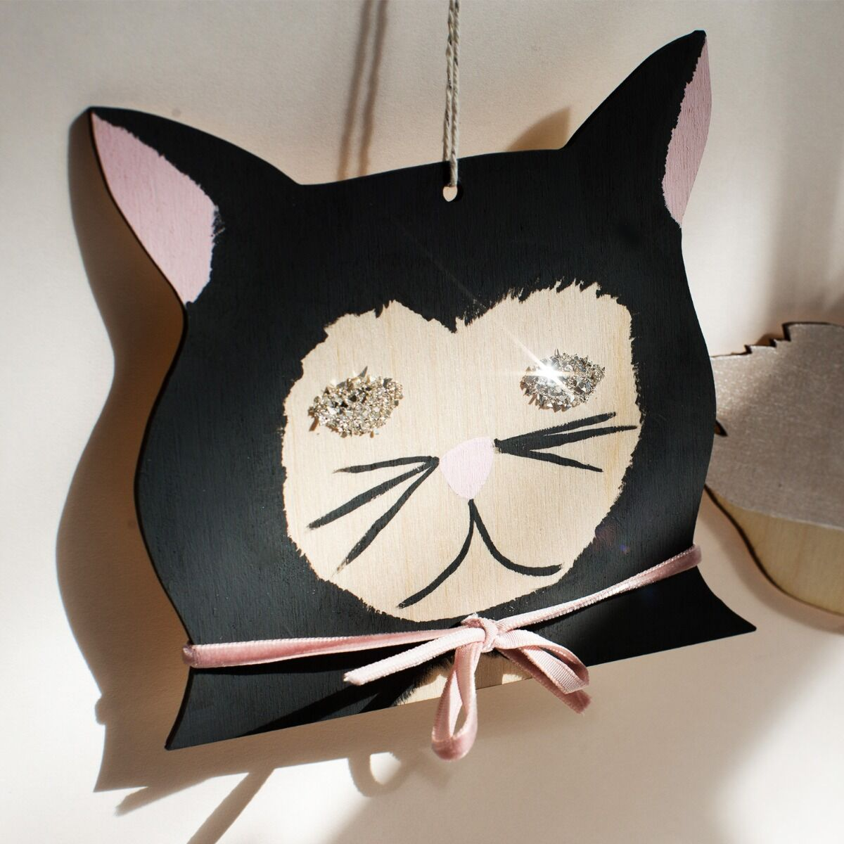 Diamond-Eyed Kitten Decoration image