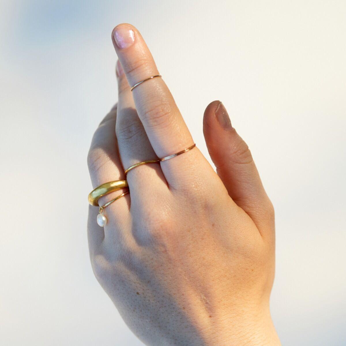 Single Rattle Keshi Pearl Ring image