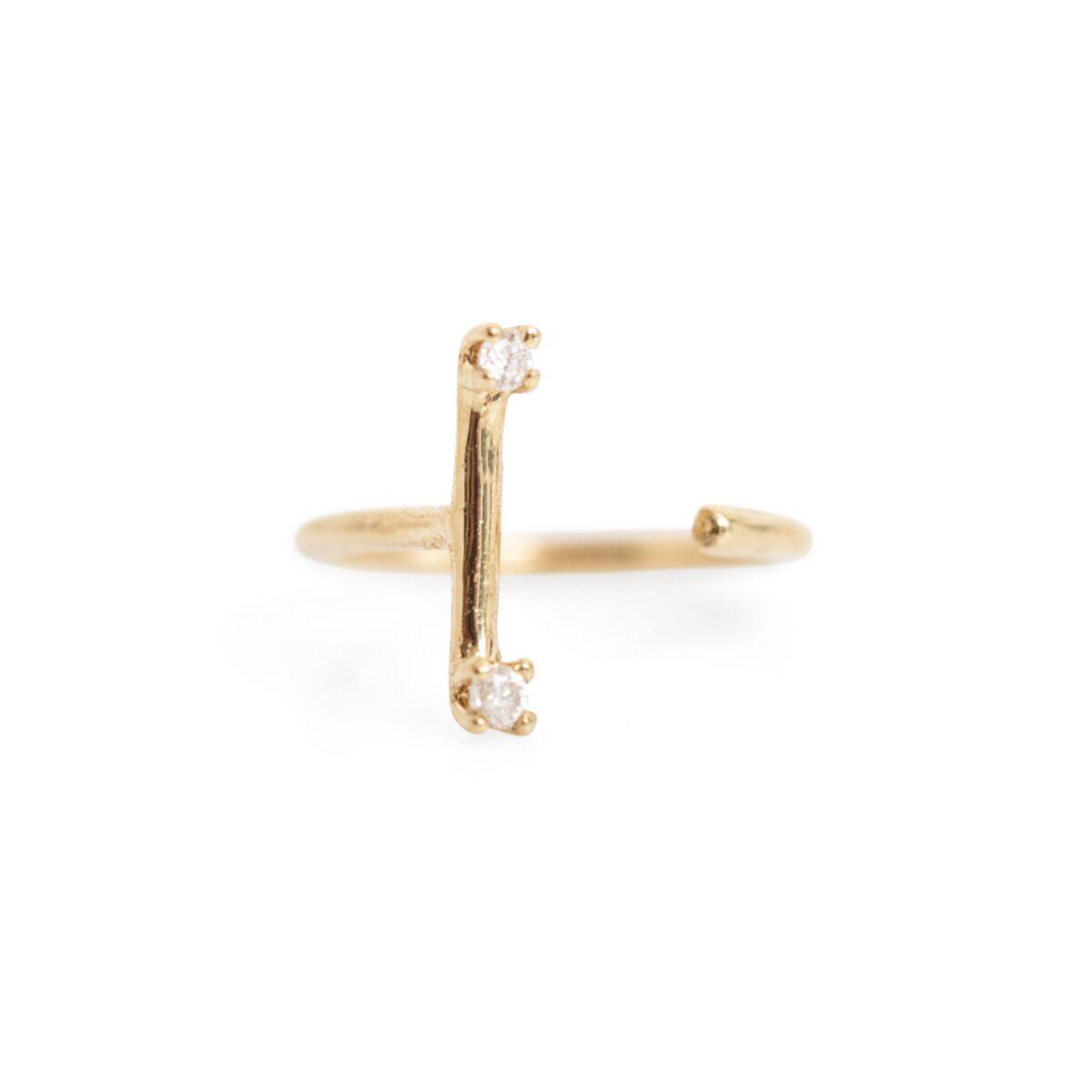 Two Diamonds Line Earring (SINGLE) image