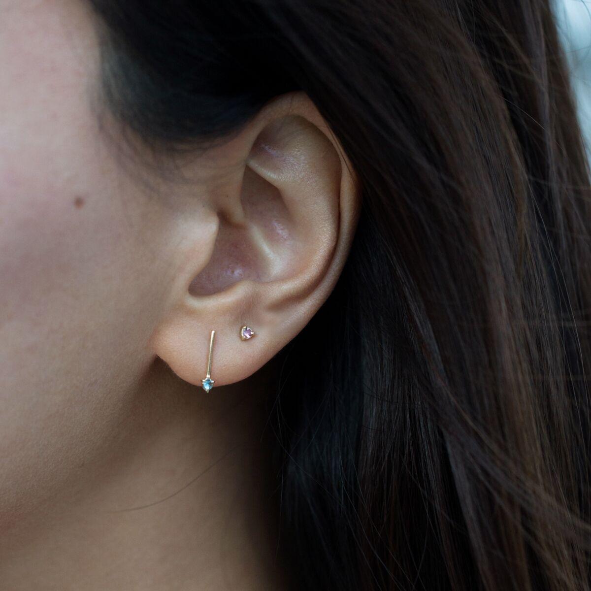 One-Step Bar Earring, Sapphire (single) image