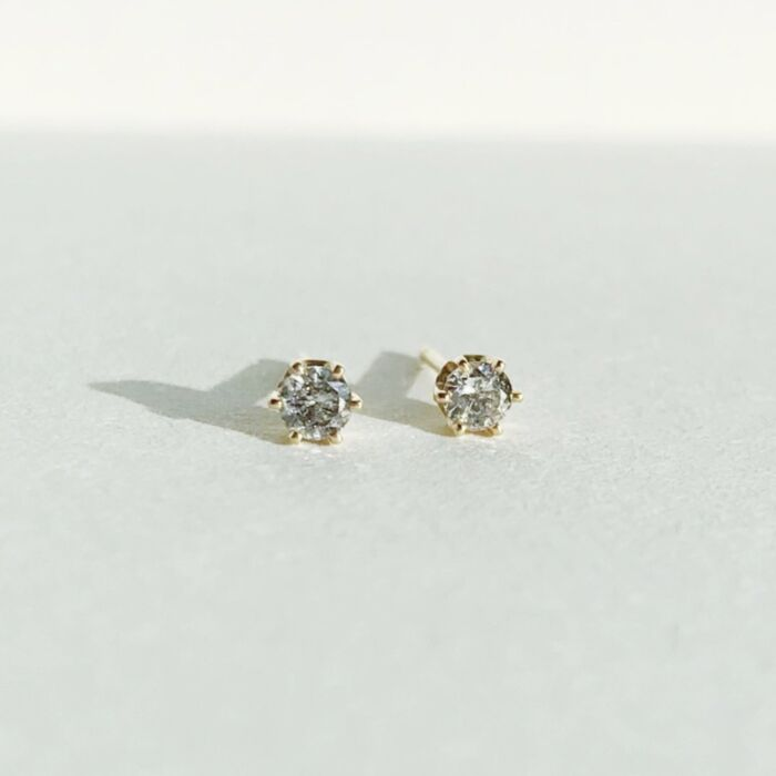 Gray Diamond Crown Earring (single)