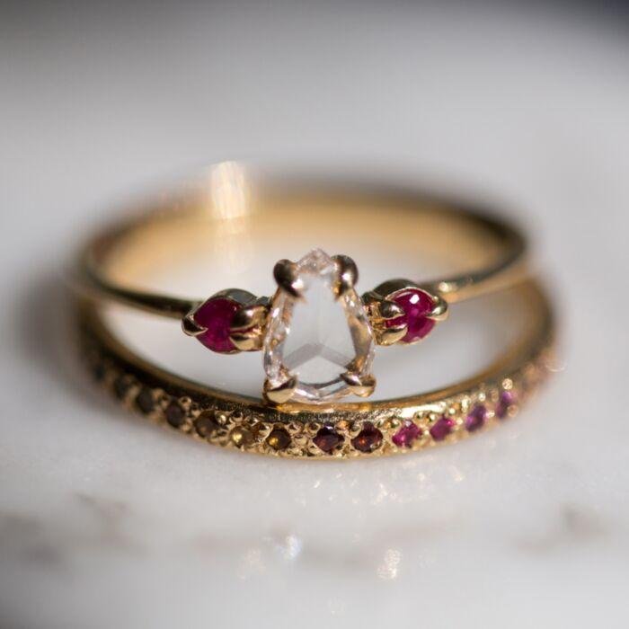Leda the Swan, Rubies image