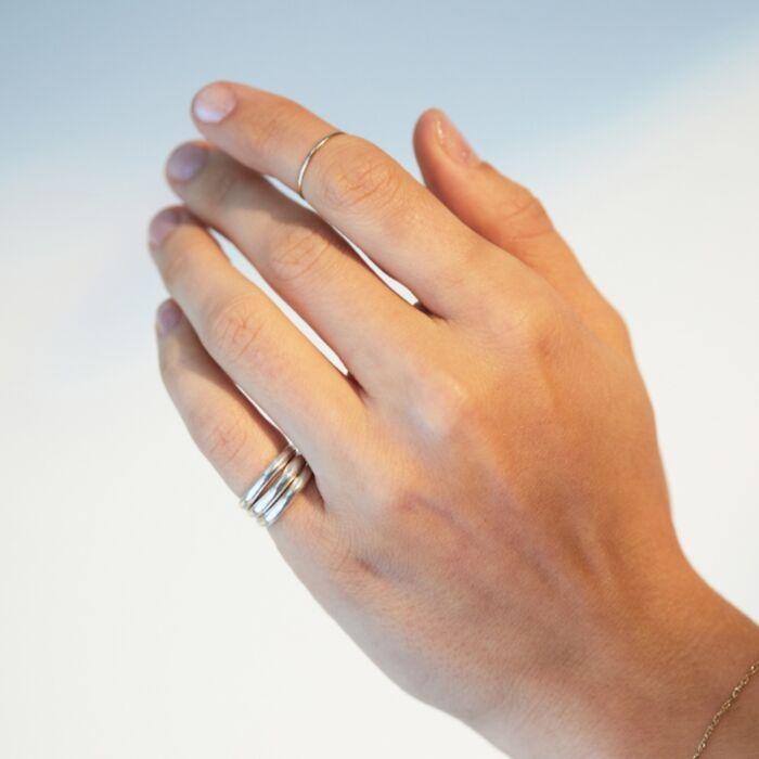 Barnes Ring, Silver image
