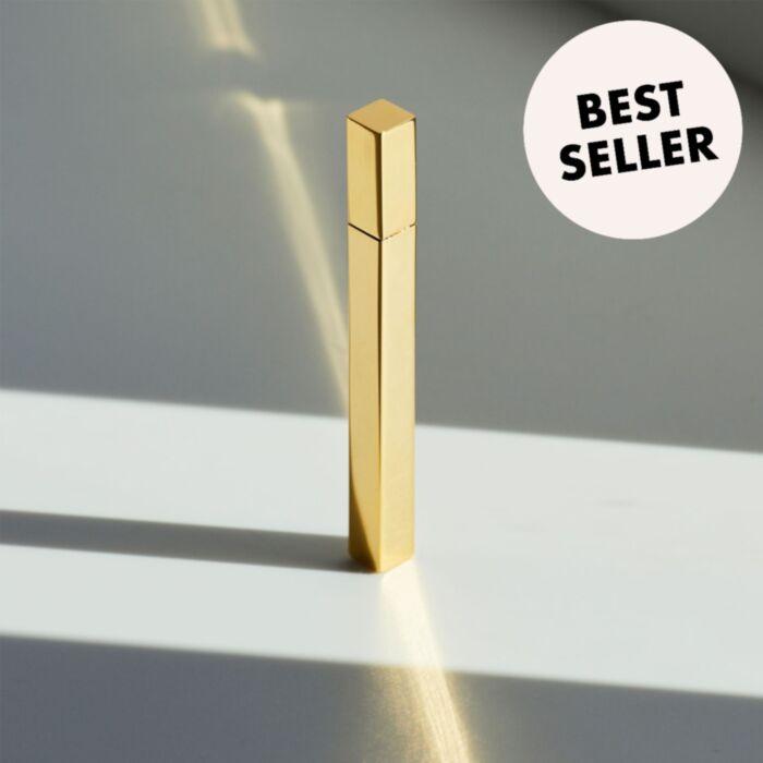 Margot's Lighter, Gold
