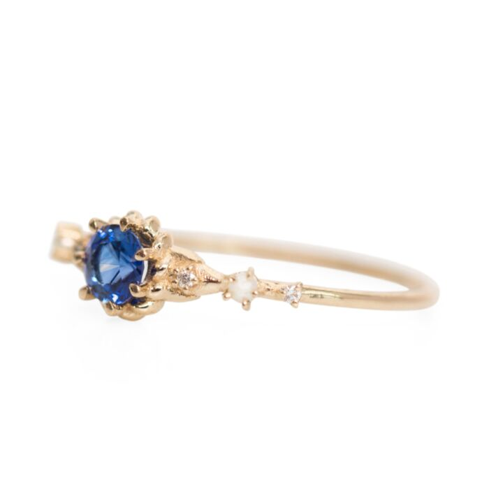 Clara's Dream Ring, Sapphire image