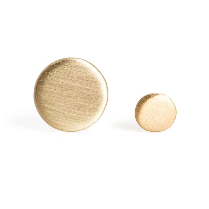 Dot Stud Earring, yellow gold (single)