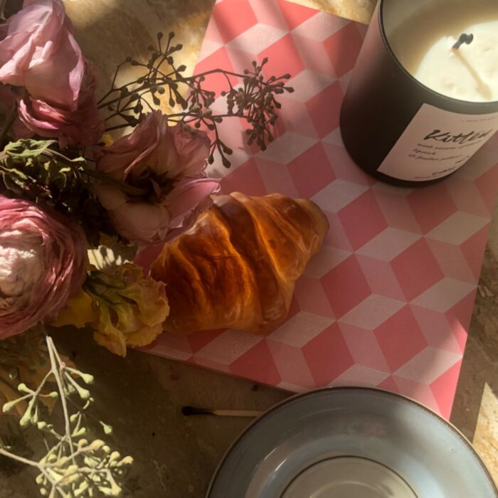 Croissant Lamp image