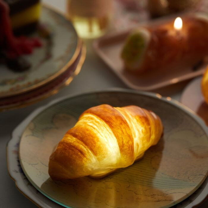 Croissant Lamp