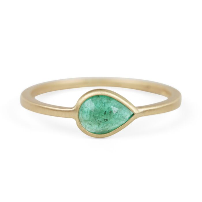 Pear Ring with Emerald