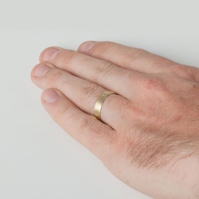 Pinched Band, Wide image