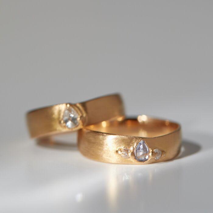 Grey Teardrop Diamond Pinched Band image