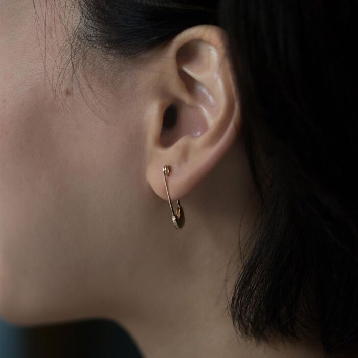 Gold Safety Pin Earring (Single) image