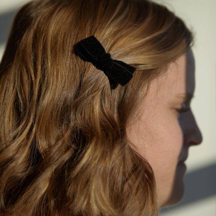 Alice's Velvet Bow Hair Clip, Black image