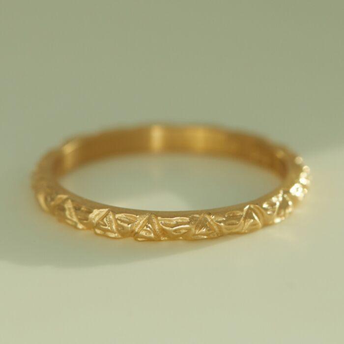 Lain Ring