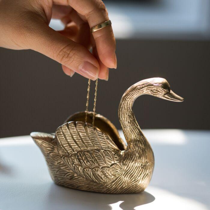 Catbird Swan Ring Holder image