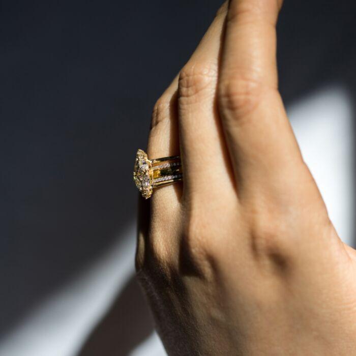 Vena Amoris Ring image
