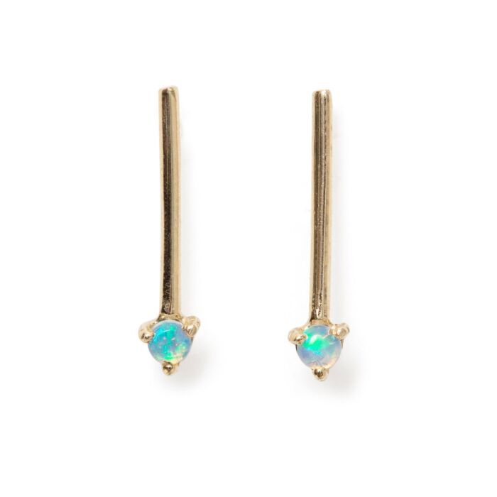 One-Step Bar Earring, Opal (SINGLE)