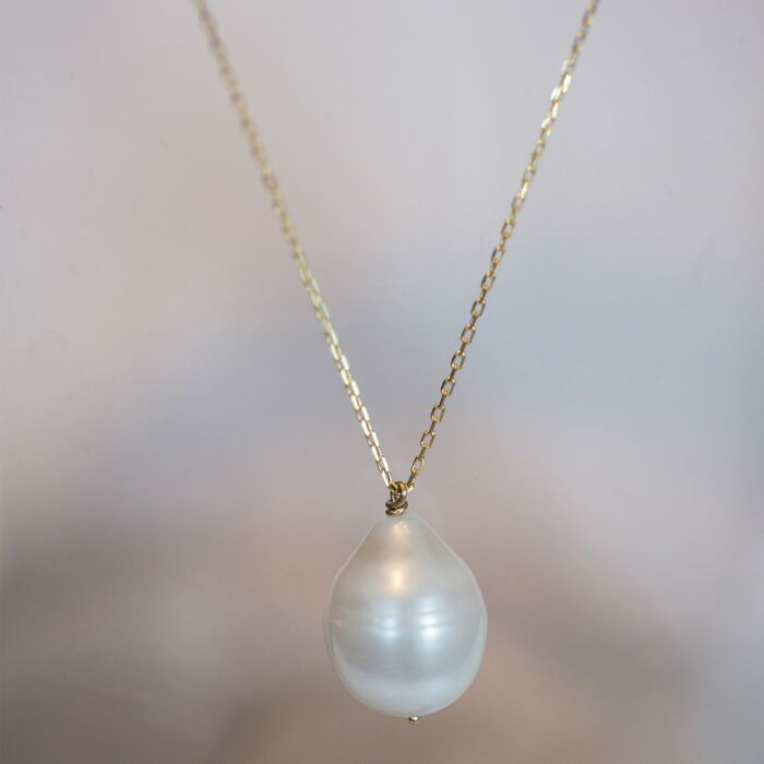 Teardrop Pearl Necklace