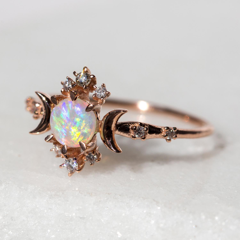 Engagement Ring Opal Diamond