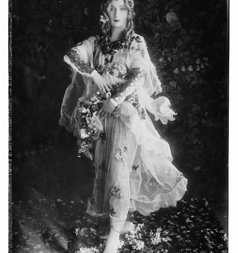 Dream Date: Lady Lavery.